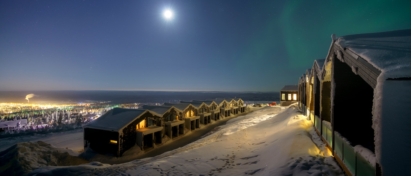 Finland_Saariselka_StarArctic_ExteriorNorthernLights.jpg